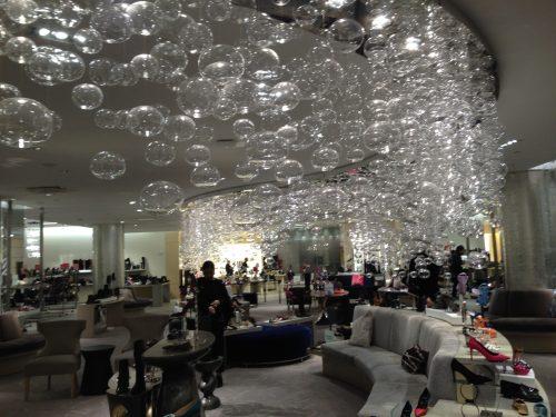 Sala das bolhas, onde se experimenta os sapatos