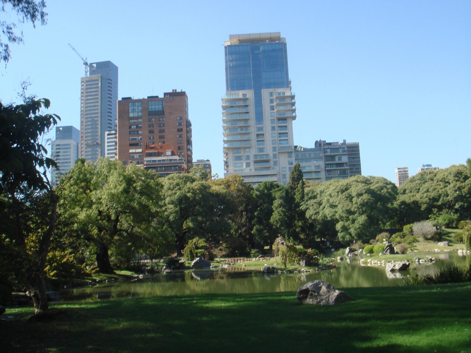 Vista do Jardim Japonês para o bairro de Palermo