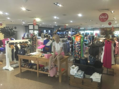 Interior da loja Monalisa, na Ciudad Del Este