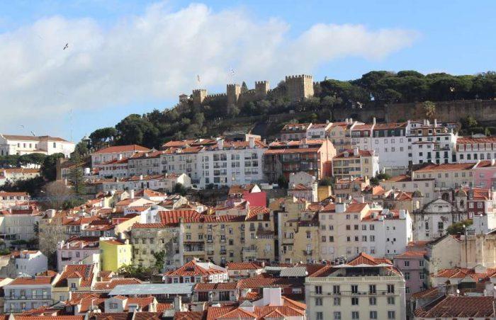 Morar em Lisboa: vista para o castelo de São Jorge