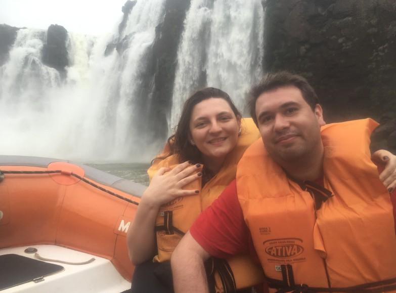 Turistas perto das Cataratas do Iguaçu