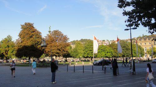 Praça no centro de Stuttgart