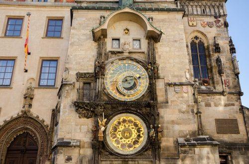 Prédio da Prefeitura e Relógio Astronômico de Praga