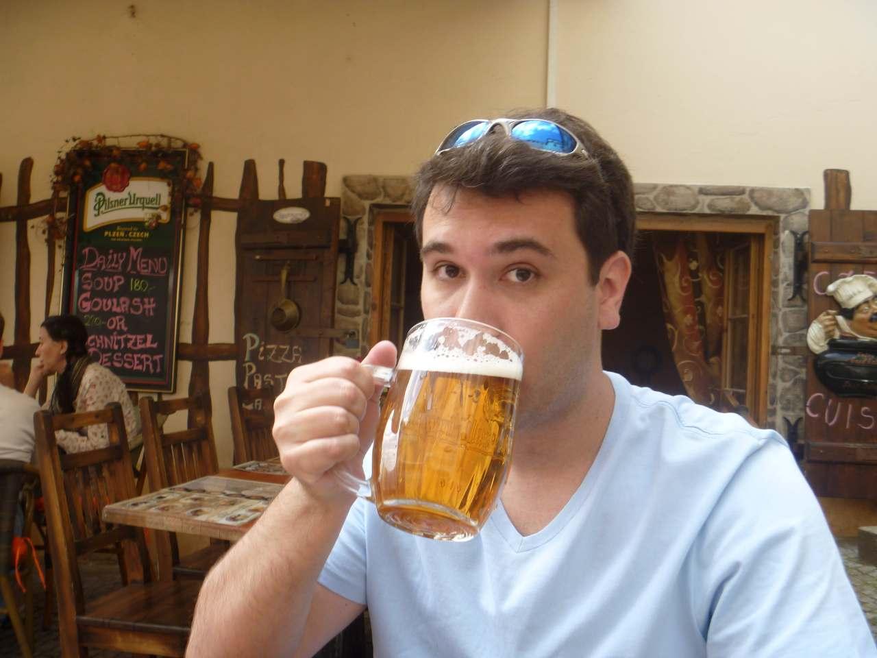 onde tomar cerveja em Praga