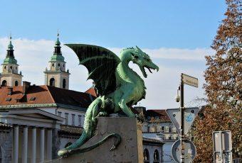 O que fazer em Liubliana, Caverna Postojna e arredores
