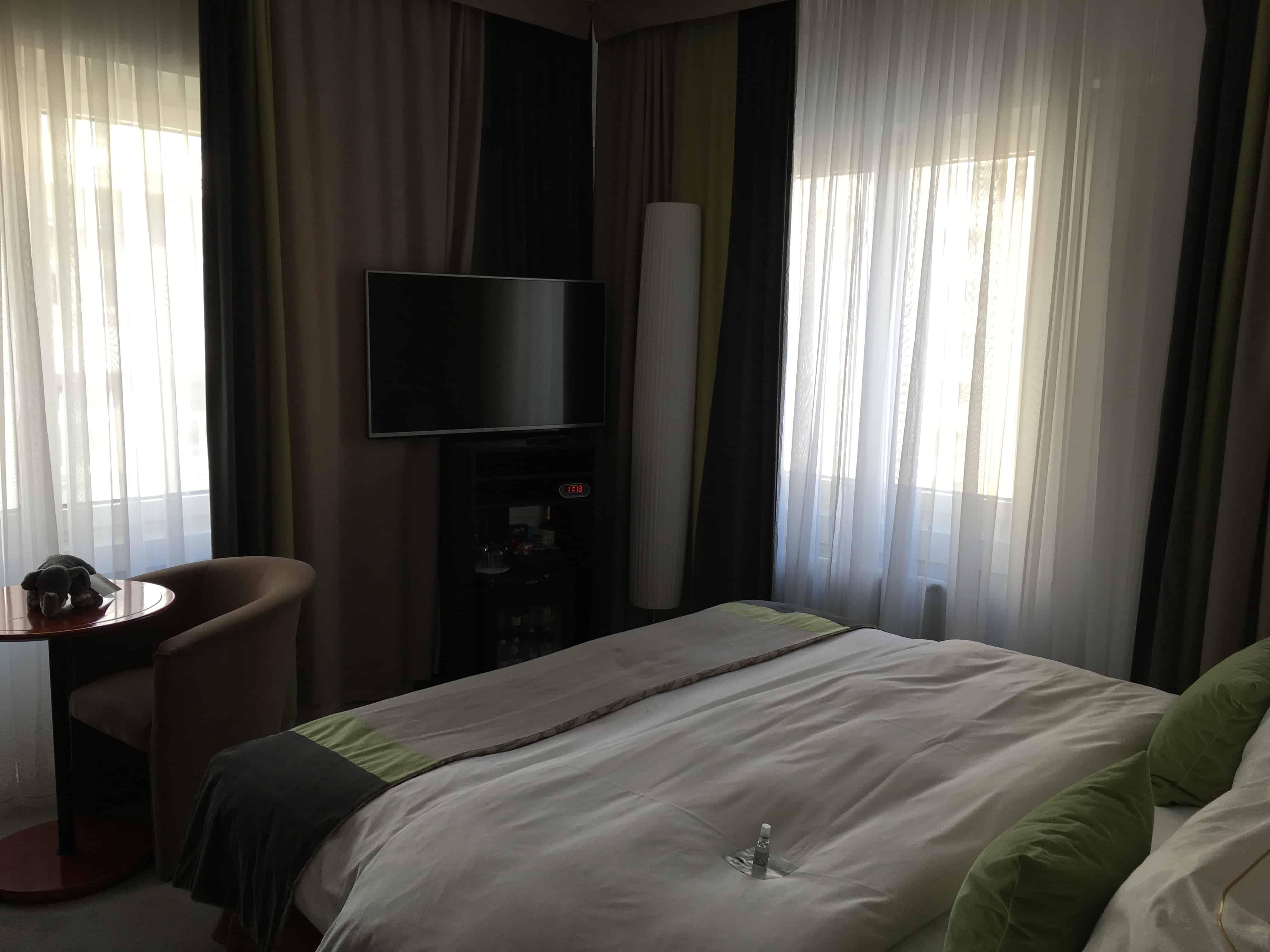 Quarto do hotel de luxo em Ljubliana