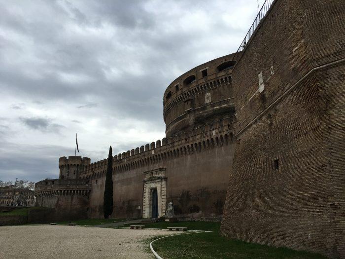 Detalhes da construção do Castelo Sant´angelo