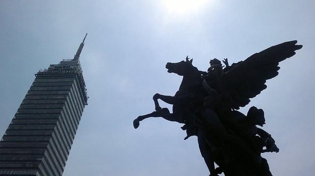 Monumento no centro da Cidade do México
