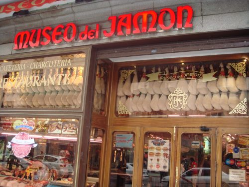 Vitrine do Museo del Jamon