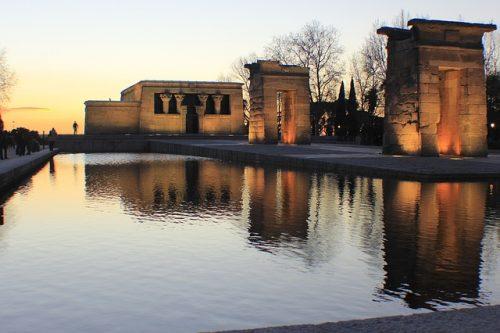 Templo de Debod ao entardecer, em Madrid