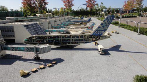 Aeroporto em miniatura feito de Lego