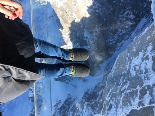 Capsula de vidro no topo do Mont Blanc