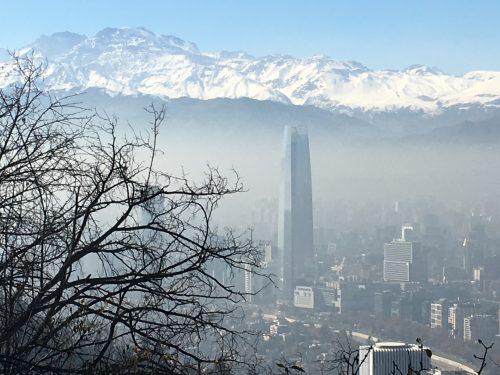 Vista de Santiago e os alpes
