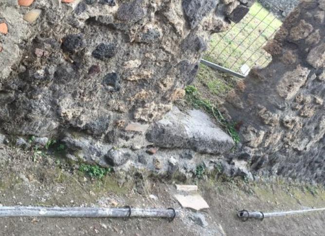 Sistema de encanamento d´água usada há séculos em Pompeia