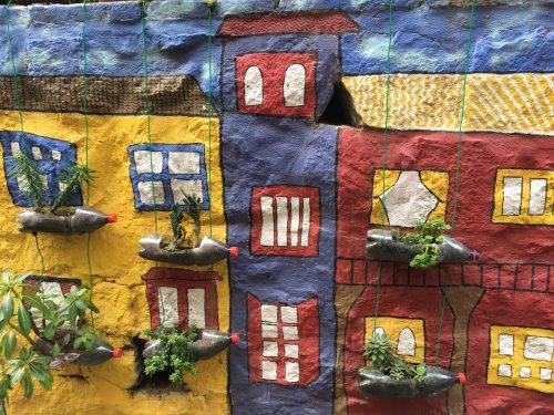 Plantas e arte urbana em Valparaíso