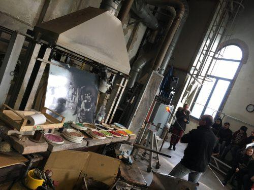Produção e design de objetos em vidro em Murano