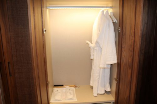 Roupões e chinelos do hotel Corpo Santo Lisboa