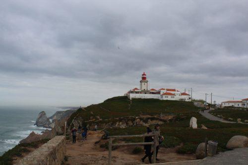Farol e o mar no Cabo da Roca