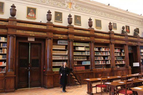 Estantes da Biblioteca Civica Angelo Mai em Bérgamo
