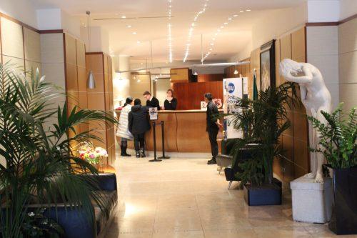 Recepção do hotel Cappello D´Oro em Bérgaamo