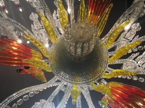 Lustre em cristal Baccarat criado por Philippe Starck