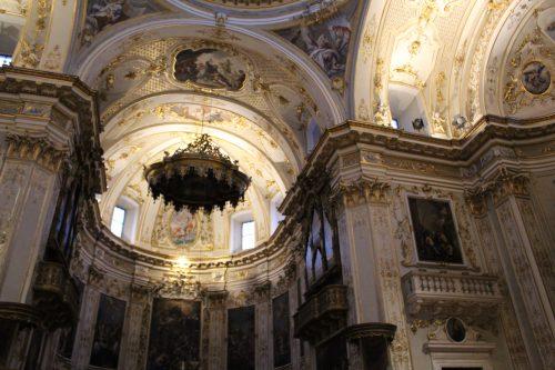 Detalhes da arquitetura da Duomo em Bérgamo