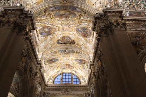 Detalhes da arquitetura da Basílica Santa Maria Maggiore