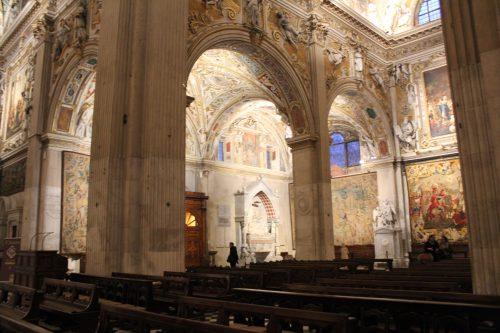 Pinturas e arcos da Basílica Santa Maria Maggiore