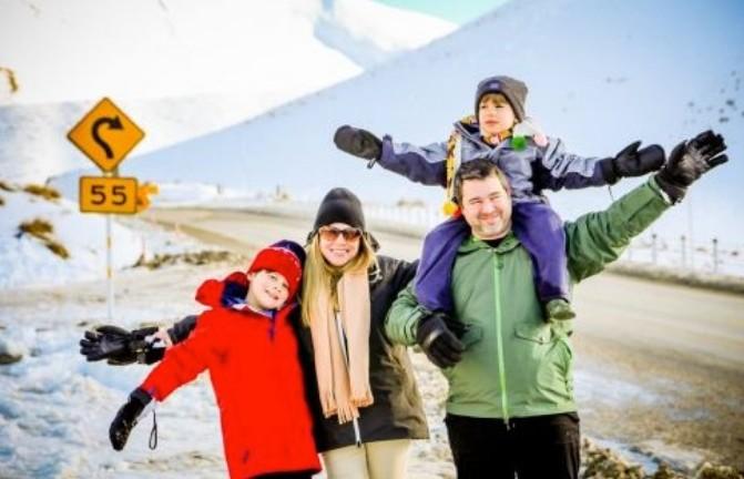 Família brasileira passeando pela Nova Zelândia