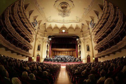 noite de concerto no Teatro Filarmônico em Verona