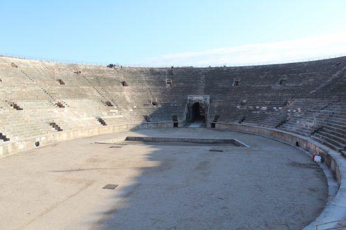 parte interna da Arena di Verona