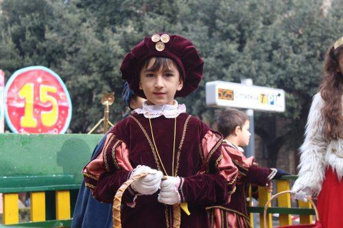 crianças fantasiadas no carnaval de Verona