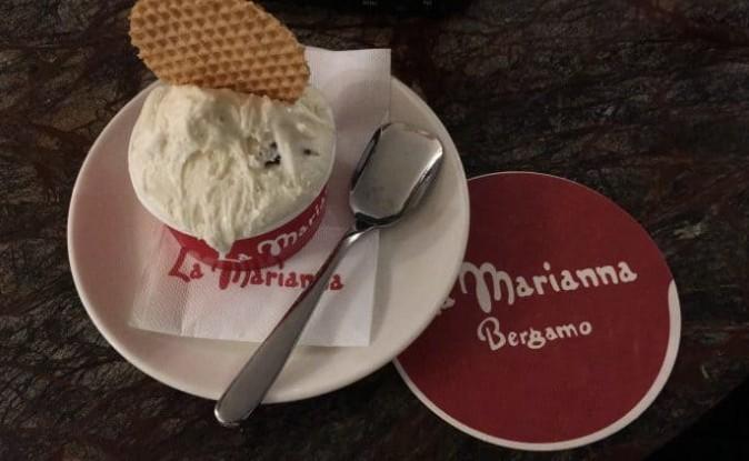 sorvete de stracciatella de Bérgamo