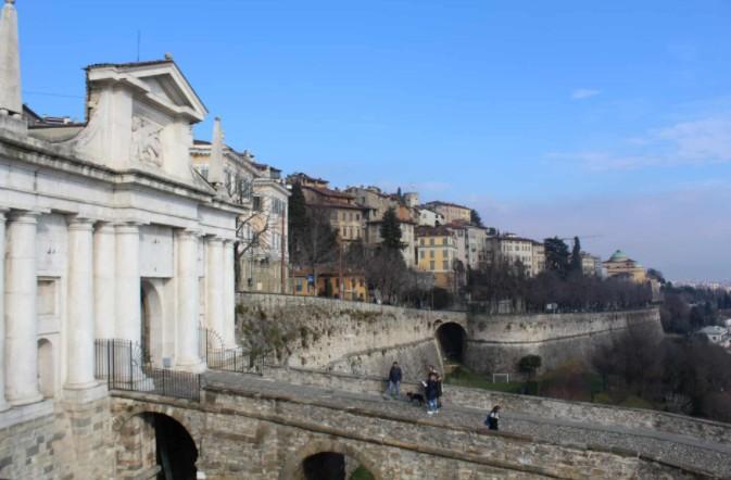 Porta San Giacomo em Bérgamo