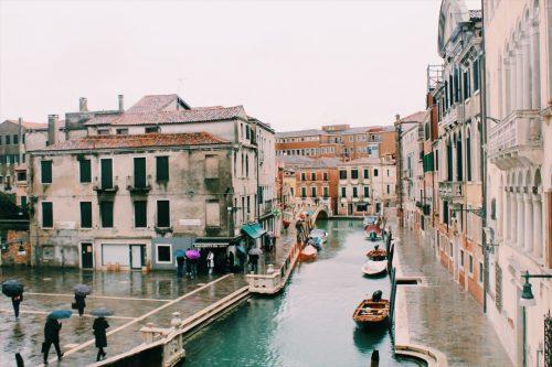 Canal Tolentino em Veneza