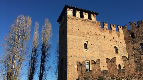 Parte externa do Castel Vecchio em Verona