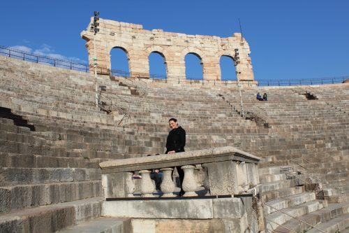 Arquibancada interna da Arena em Verona