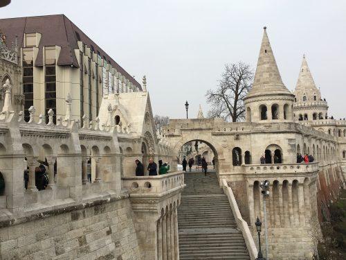 Arquitetura do Fisherman´s Bastion em Budapeste
