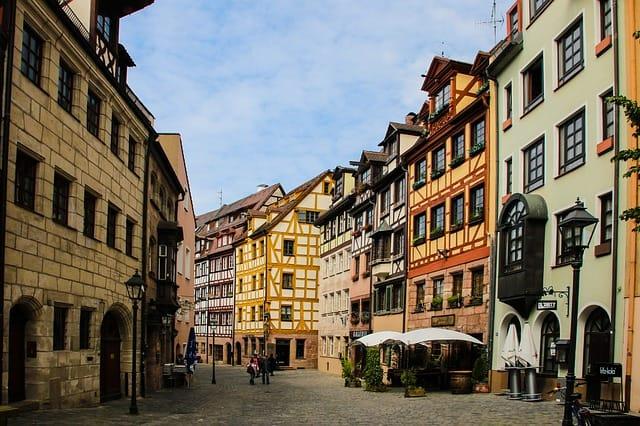 Casas em estilo alemão no centro de Nuremberg