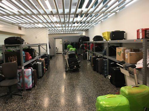 malas organizadas no locker do aeroporto de Malpensa