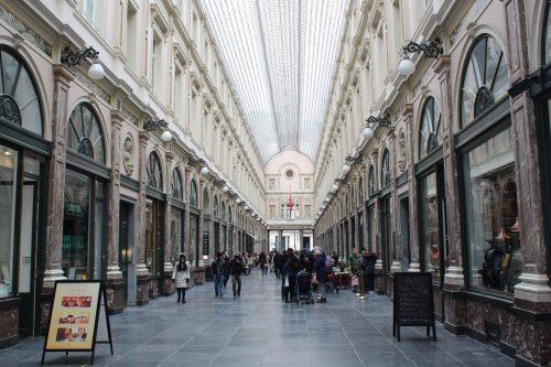 Lojas no interior das Galeries Royales em Bruxelas