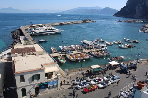 Vista para o porto de Capri do hotel Relais Maresca