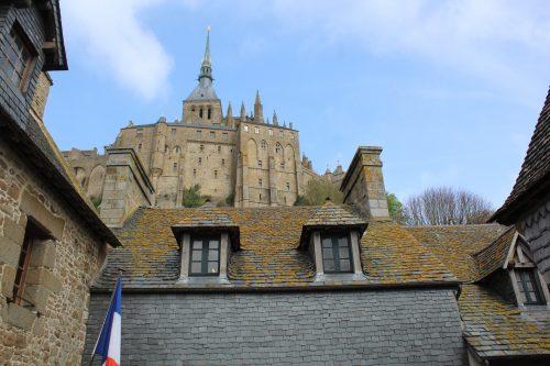 Construções medievais no Monte Saint-Michel