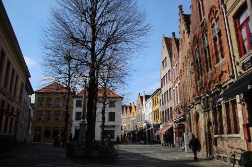 Casas em uma rua de Bruges
