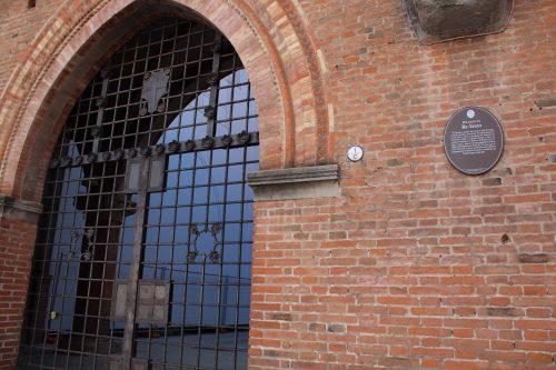 Porta do Palazzo Re Enzo em Bolonha