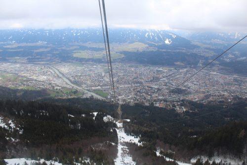 Vista panorâmica de Innsbruck no inverno do teleférico