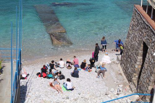 Turistas na Marina Grande, em Capri