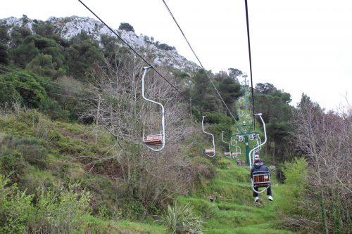 Teleférico subindo o Monte Solaro