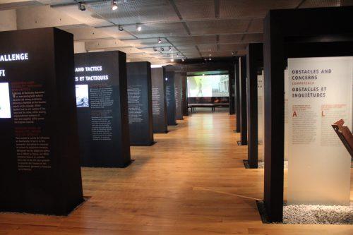 Exposição no Cemitério e Memorial Americano, na Normandia