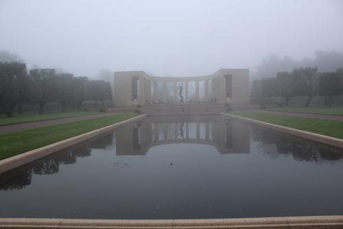 Arte no Cemitério e Memorial Americano, na Normandia